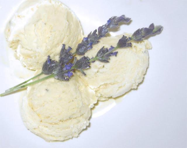 Homemade Honey Lavender Ice Cream | Yummy in my tummy | Pinterest