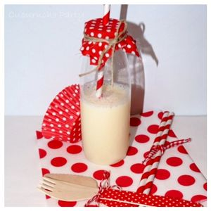 ideal para un picnic a juego con pajitas, cubiertos, cupcakes, servilletas