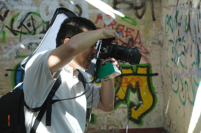 #Yat braves my DIY flash trigger