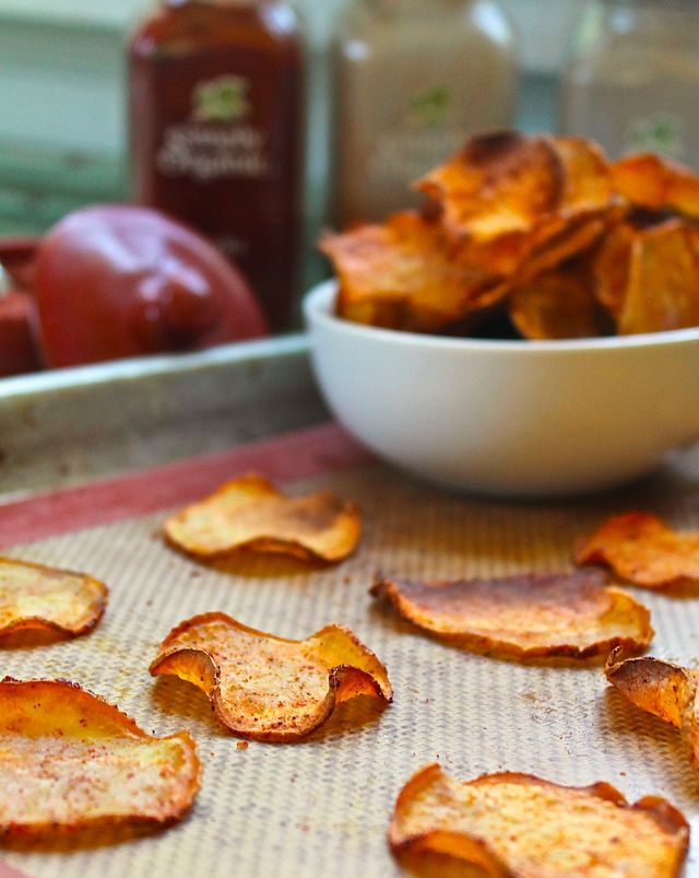 Baked BBQ sweet potato chips no sugar and add coconut oil instead