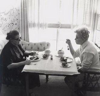 paula strasberg with mm   Marilyn Monroe   Pinterest