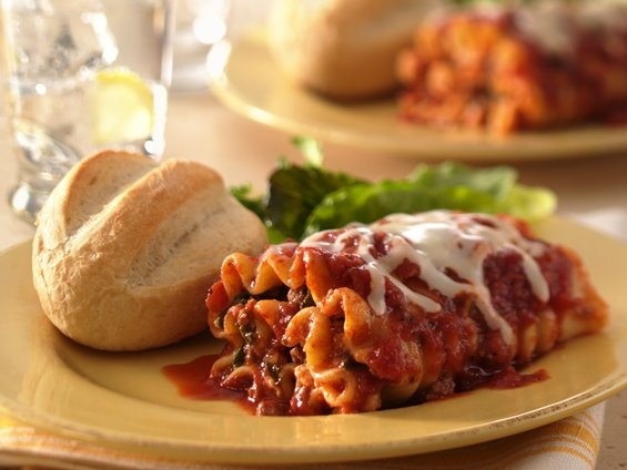 Beef and spinach lasagna rollups. These are the best ever! Lots of ...
