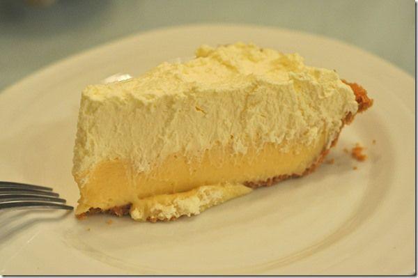 Easy Lemon Cream Pie | Sweet | Pinterest