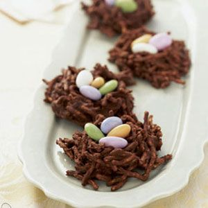 How adorable are these chocolate nests? Perfect for any Easter get-together