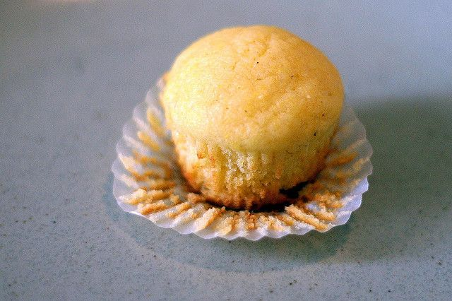 corniest corn muffins, by smitten, http://smittenkitchen.com/blog/2007 ...
