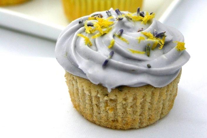 Honey, Lavender & Lemon Cupcakes - These honey, lavender & lemon ...
