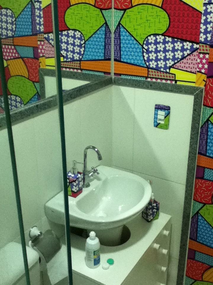 Meu banheiro com Papel Contact  Decoração  Pinterest -> Decoracao Meu Banheiro