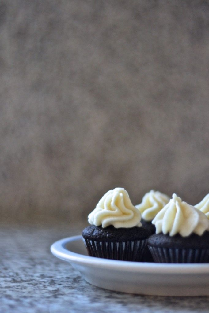 Chocolate Stout Cupcakes With Vanilla Stout Buttercream Recipe ...