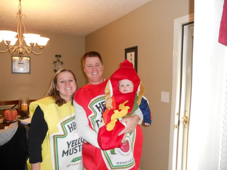 halloween ideas mom dad baby family halloween costume idea the baby is the hot dog