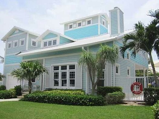 Polly 39 S Beach House For Sale In Florida Coastal Homes Decor Pin