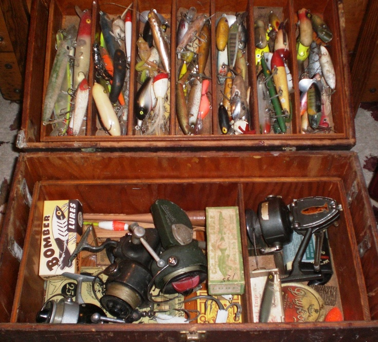 Antique Fishing Equipment : Vintage fly fishing gear