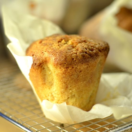 Almond Macaroon Muffins | Wish I Could Bake | Pinterest