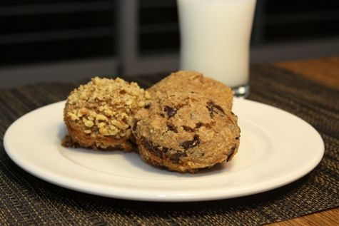 ... Muffins - I used sour cream instead of yogurt and applesauce instead