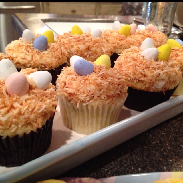 Spring birds nest cupcakes! Vanilla bean coconut cupcakes. I made ...