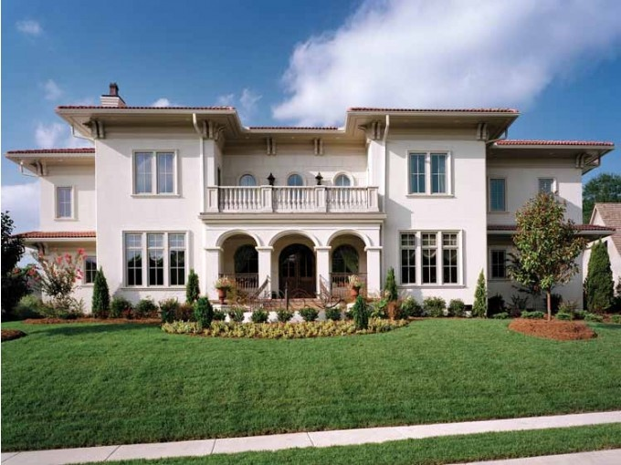 Nice big house home sweet home pinterest for Casas grandes con jardin y piscina
