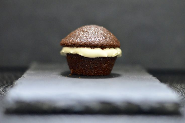 Chocolate Gingerbread Muffins with Lemon Marshmallow Fluff - http://wp ...