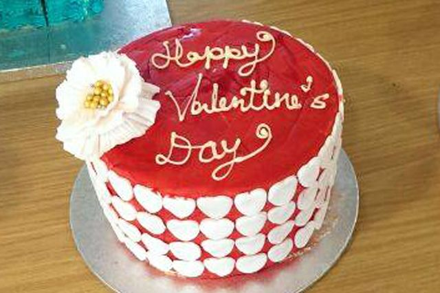 valentine's day cake uk