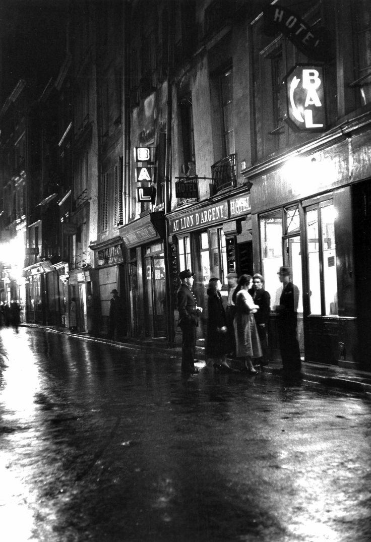 Paris 1950 Pigalle Photo: René-Jaques