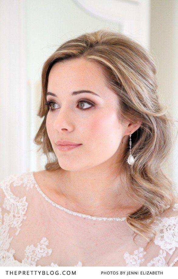 Soft wedding make-up and hair | Photography: Jenni Elizabeth | Wedding dress: Olivelli Bridal Boutique