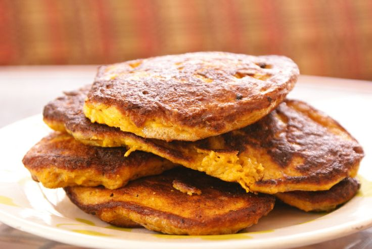 Curry Squash and Bacon Pancakes | Paleo Breakfast | Pinterest