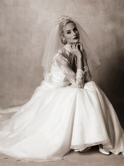 Grace kelly wedding dress wedding gown hair pinterest for Grace kelly inspired wedding dress