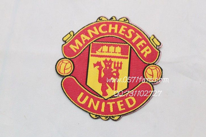 manchester united badge evolution