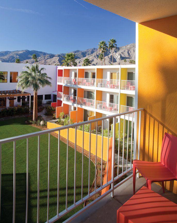 hotels near rainbow springsj