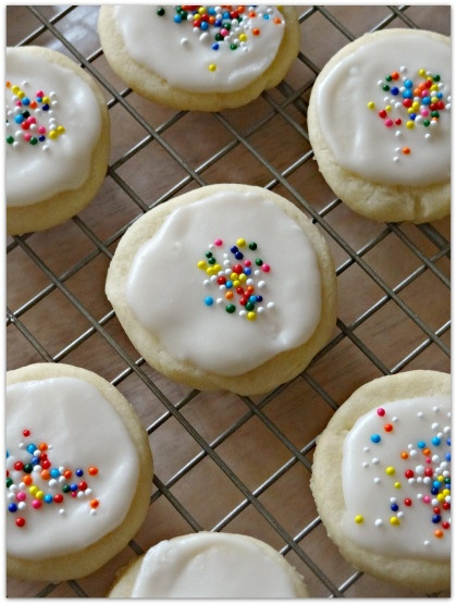 Sugar Cookies With Buttercream Frosting Recipe — Dishmaps