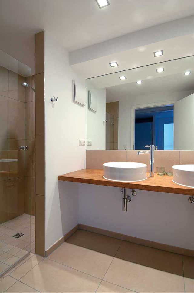 SLV Frame in de Badkamer  Bathroom  Pinterest