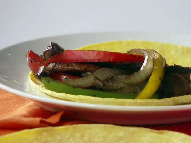 Bella Asada Fajitas by Hungry Girl! Guilt Free Fajitas! Made these ...