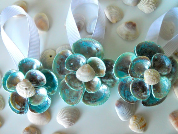 Seashell ornaments crafts pinterest for Seashell ornament ideas