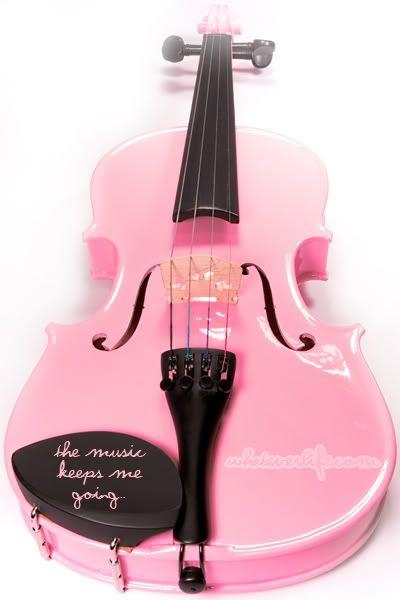 Розовый скрипки
