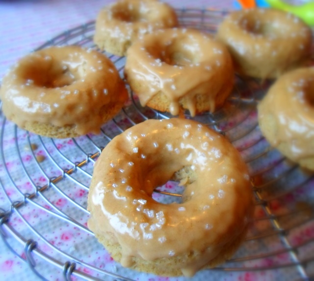 Baked Chai Spiced Doughnuts | Cinnamon Rolls, Sweet Rolls, and Doughn ...