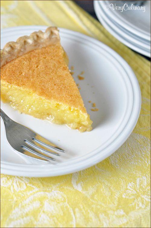 Lemon Curd Pie on www.veryculinary.com | desserts | Pinterest