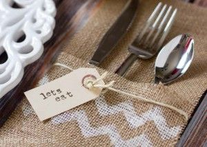 Burlap Utensil Holder Thanksgiving DIY