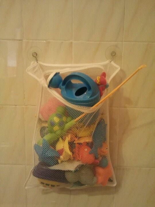 Organizador Juguetes Baño:Organizador de juguetes para un baño pequeño, con dos ventosas y una