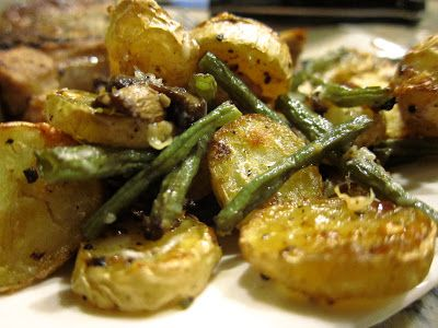 Wicked Delicious: Roasted Potatoes with Green Beans & Mushrooms