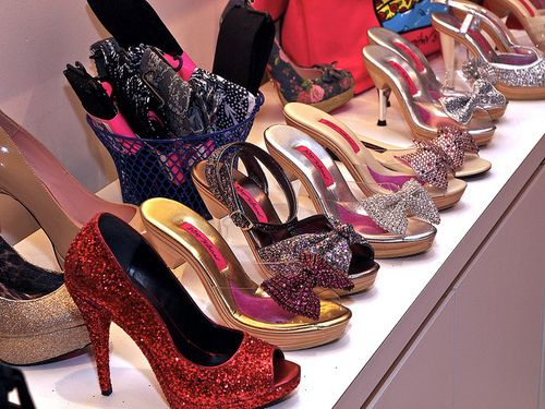 shoes #heels #sparkle #pumps #glitter I miss my pollies! Maybe I ...