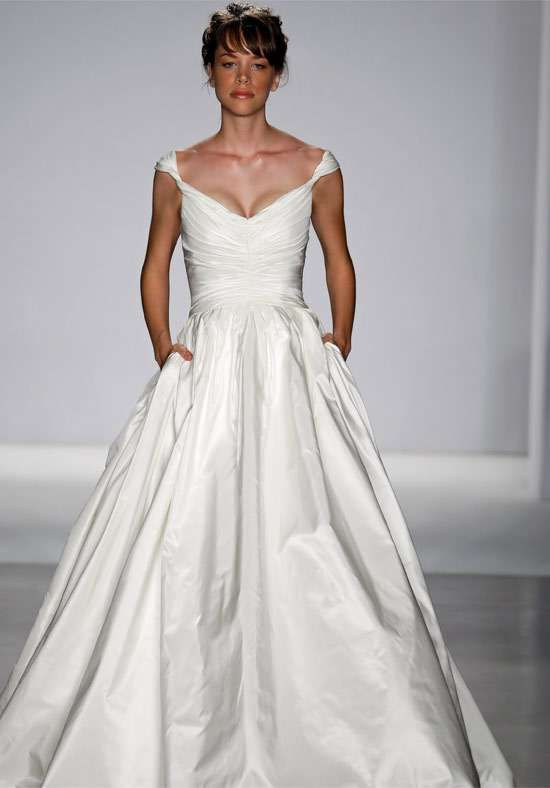 pocket wedding dresses gowns with room for hands lipstick phones