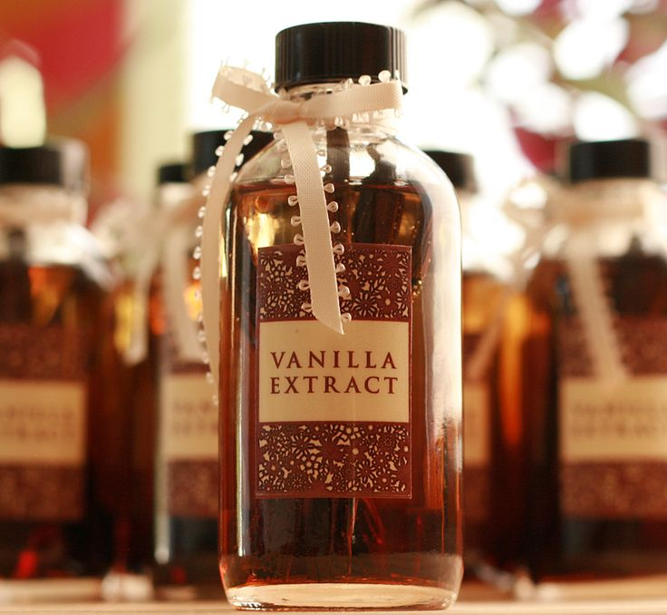 Homemade Vanilla Extract: Giveaway! | Reclaiming Provincial