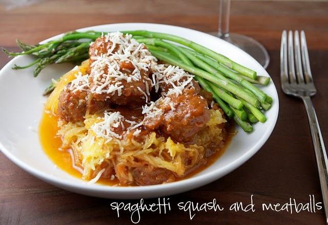 Spaghetti Squash & Meatballs - delicious! I think spaghetti squash is ...
