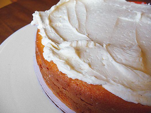 Vanilla Bean Buttercream Frosting - EASY 2½ sticks unsalted butter ...