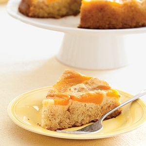Honey Peach Upside-Down Cake | Yummy yummy for our tummies | Pinterest