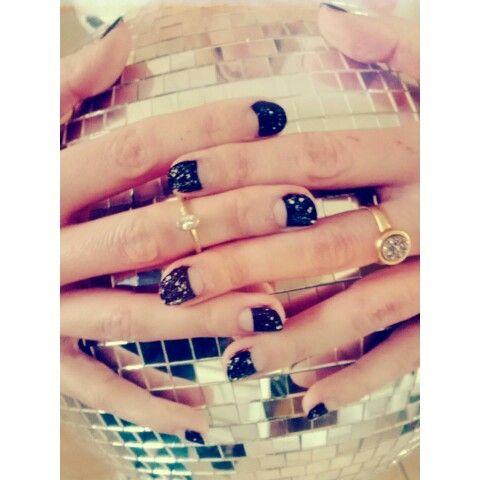 NYE nails