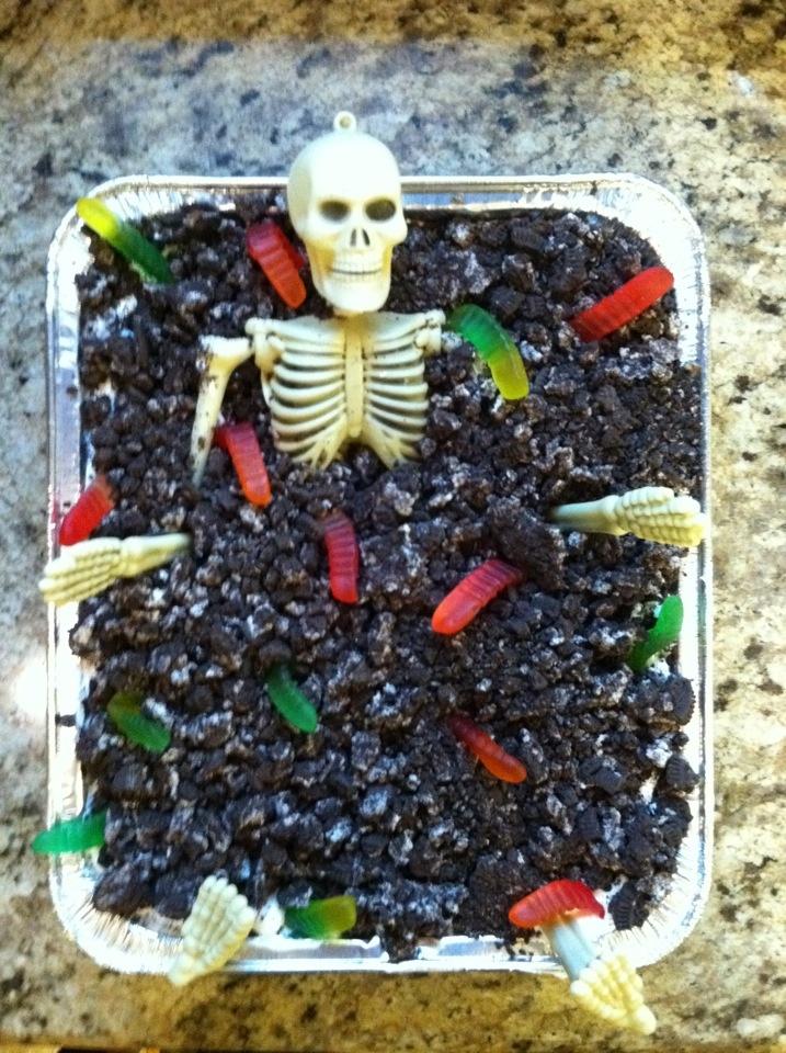 Dirt Cake Ideas For Halloween : Halloween Dirt Cake Yum Pinterest