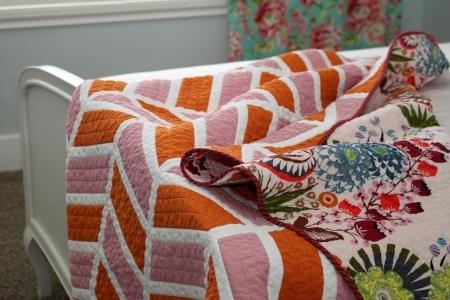 Two-color chevron quilt