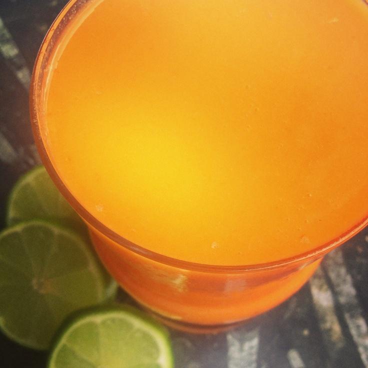 orange juice breville juicer giveaway carrot pineapple orange juice ...
