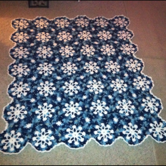 Crochet Pattern For Snowflake Afghan : Pin by Marcy Kanapaux on Crochet, Knitting.... Pinterest