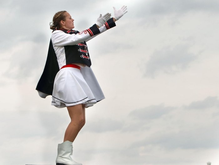 how to become a drum major