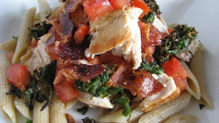 BLT Pasta...make it a skinny and healthy version with turkey bacon ...